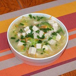 Sopa de Tofu con Verduras