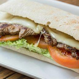 Sándwich Lomito a la Plancha
