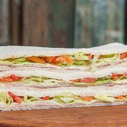 Sándwich de Lomo & Queso x 3