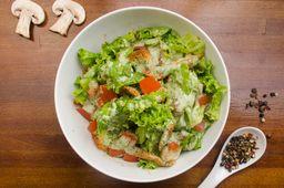 Ensalada Slices' Caesar