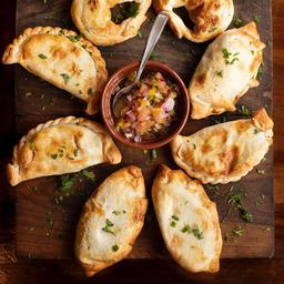 Empanada de Jamón & Muzzarella