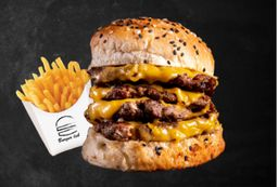 Cuádruple Cheassy Burger