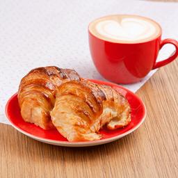 Combo Café con Leche & 2 Medialunas