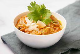 Raíces Asadas en Curry Vegetariano