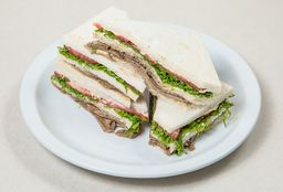 Sándwich de Miga de Ternera