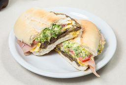 Sándwich de Milanesa El Kun