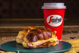 Combo - 2 Medialunas con J&Q + Café