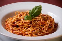 Tagliolini Tomate & Albahaca