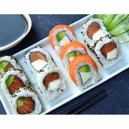 Combinado Full Salmon By Futusushi