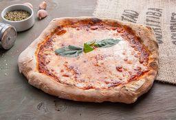 Pizza Margherita con Cerveza