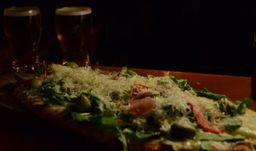 Pizza Crudo & Rúcula