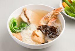 Sopa Thai Chica
