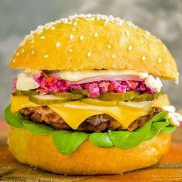 Yellow Power Burger con Papas Fritas