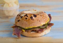 Sándwich de Pastrón Casero
