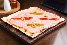 Pizza Margarita con Jamón y Morrones