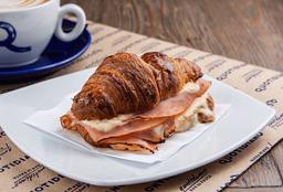 Medialuna & Café