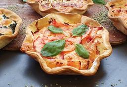 Tarta de Jamón, Tomate & Albahaca