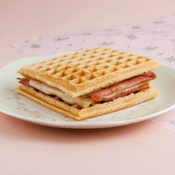 Waffle de Jamón & Queso
