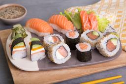 Sushi Salmón Premium - 12 Pzs