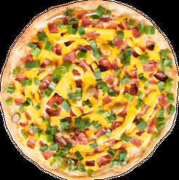 Pizza Mozzarella, Cheddar, Panceta y Verdeo