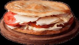 Sándwich de Pavita,Tomate y Mayonesa
