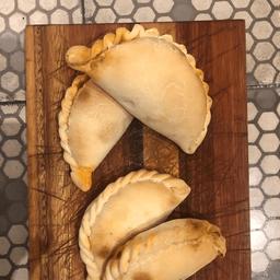 Empanada Pollo & Puerros