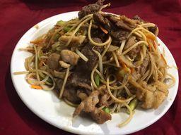 Chaw Mi Fen Mixto