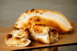 Empanada de Pollo & Cebolla