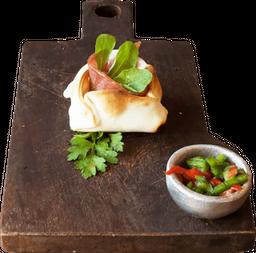 Empanada de Jamón Crudo y Rúcula