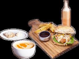 Chicken Burger + Bebida + Postre