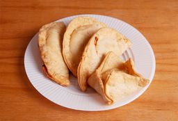 Combo Empanadas & Pastelitos