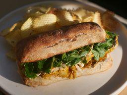Sándwich de Pollo & Hierbas