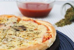 Pizza Muzzarella Mangiamo