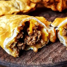 Empanada de Bacon Cheeseburger XL
