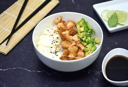 Chirashi Salad de Salmón Rebozado, Palta y Phila