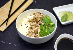 Chirashi  Salad de Pollo, Palta y Phila