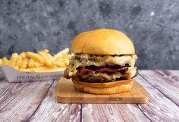 Combo Smoked Burger Doble & Papas
