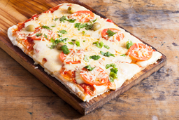 Pizza Margarita con Jamón