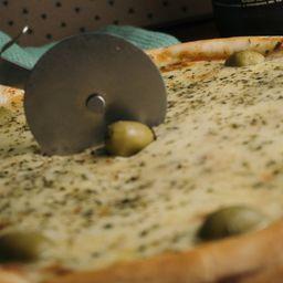 Pizza Muzzarella con Jamón Grande