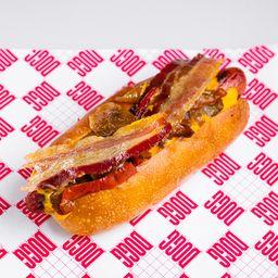 Hot Dog Cheddar, Bacon, Cebolla y Morrón