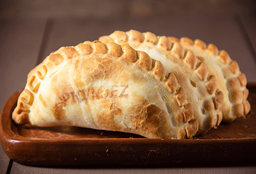 Empanada de Roquefort, Apio y Nuez