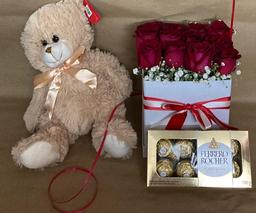Caja de 12 Rosas Combo Enamorados Flower Box Pretty Roses