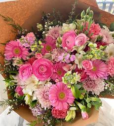 Bouquet es Una Nena!
