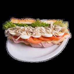Sándwich de Pollo y Tomate