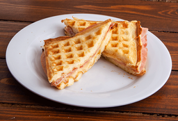 Waffle Jamón & Queso