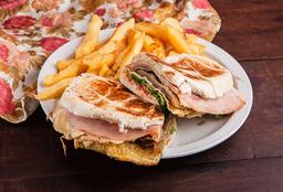 Sándwich de Milanesa Súper Especial