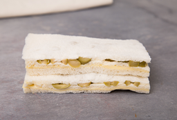Sándwich Triple de Aceituna & Queso