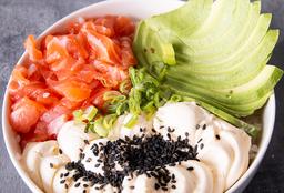 Chirashi Salad Salmón, Palta & Queso