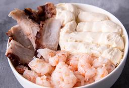 Chirashi Salad Pulpo, Langostinos & Queso