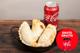 Envío Gratis: 3 Empanadas + Coca-Cola sin Azúcar